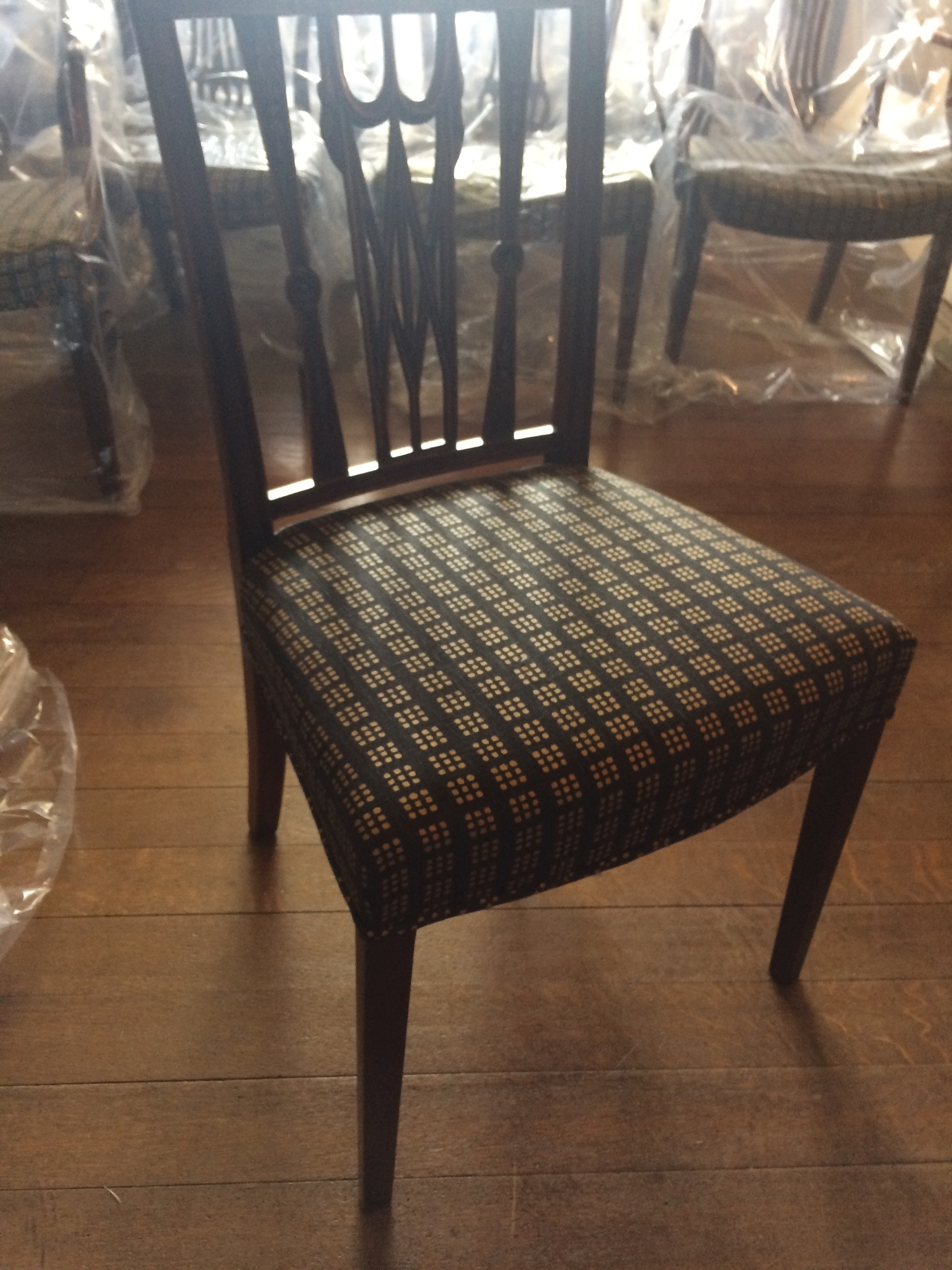 Decadent Dining Room Chairs Latest News