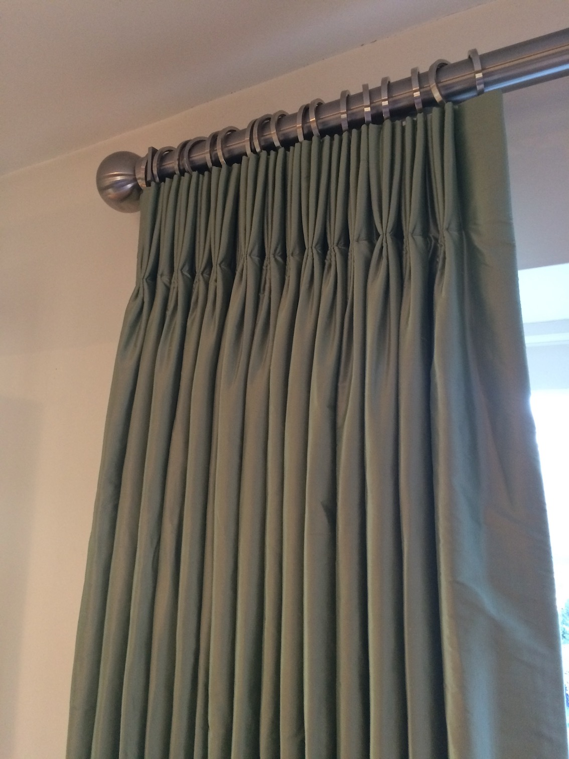 Pure Silk Curtains For A Sumptuous Sitting Room Latest News